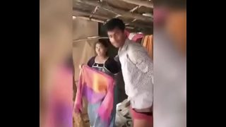 Indian lady got caught on camera while having sex with boyfriend